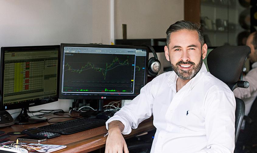Mezuena Producciones- Equipo de trabajo, Daniel Medina
